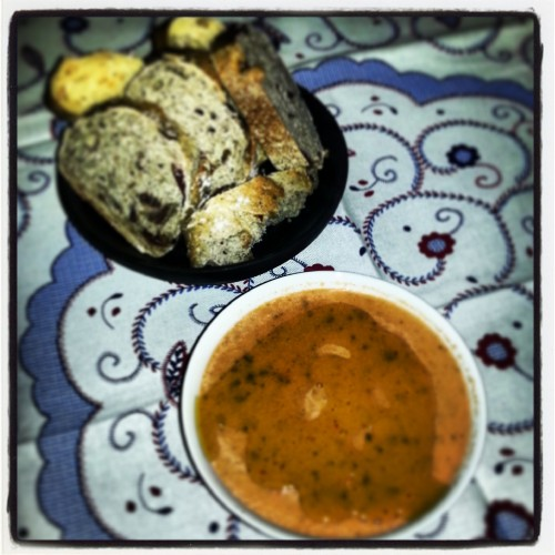tomato basil and garlic dip